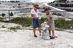 Building Inuksuks on Tatlock Quarry Observation Area
