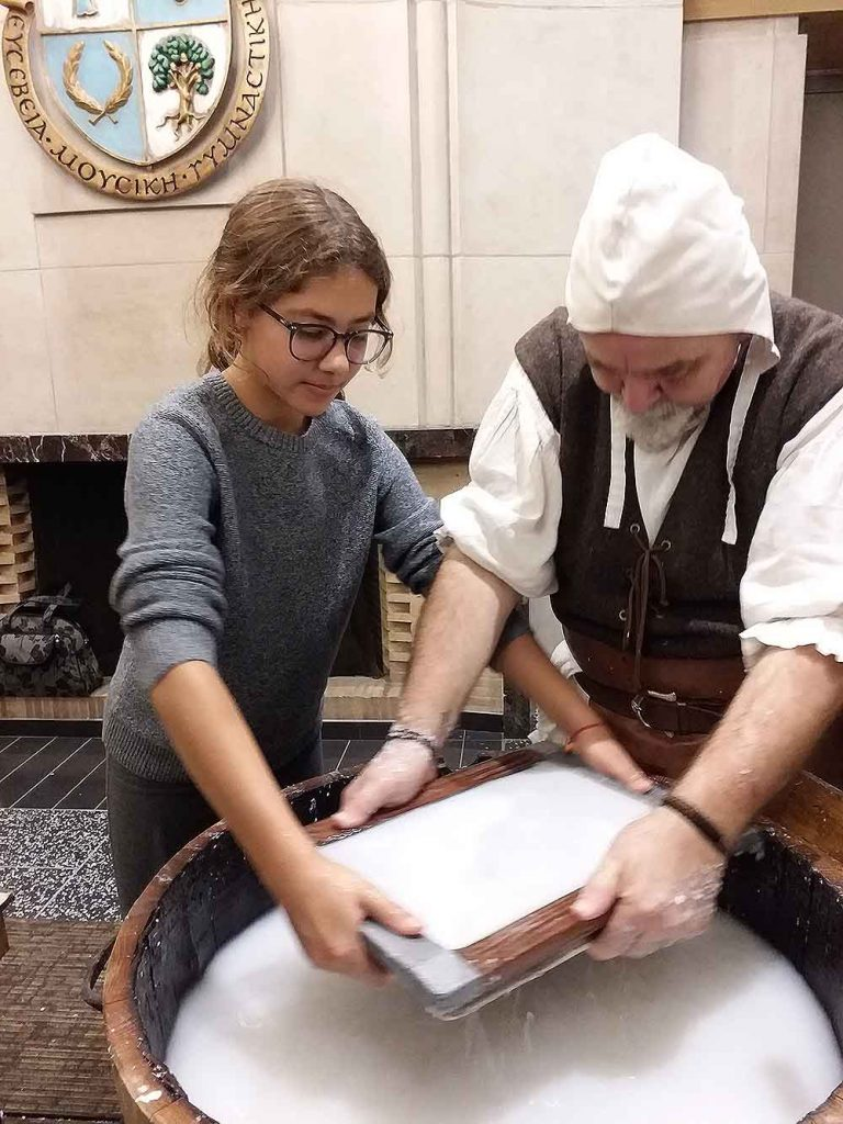Paper-making workshop with masters from Fabriano Italy